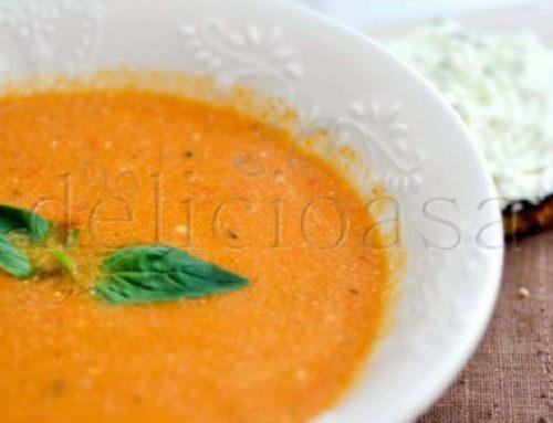 Supa crema de rosii coapte & tartine de branza chevre