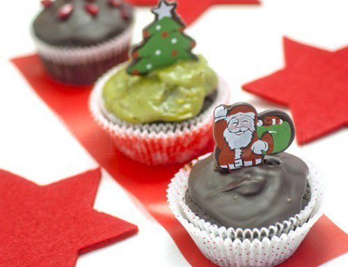 Cupcakes ciocolatoase cu frosting de avocado sau ganache de ciocolata- vegane/de post
