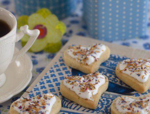 Flower power sugar cookies & blue tea party